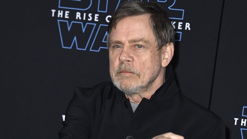 'Star Wars' actor Mark Hamill quits Facebook over dishonest political ads