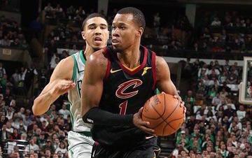 classic fit 850c6 f1322 Trail Blazers swing NBA deal for Cavs' Rodney Hood