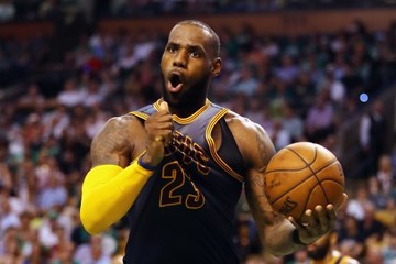 a69b9978d9d LeBron James will not be in the running to clinch his 5th MVP award