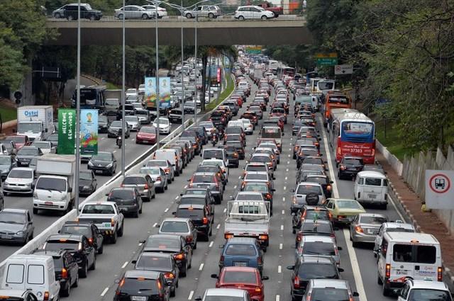 5 Worst Traffic Jams In History - DriveSpark |Sao Paulo Brazil Traffic