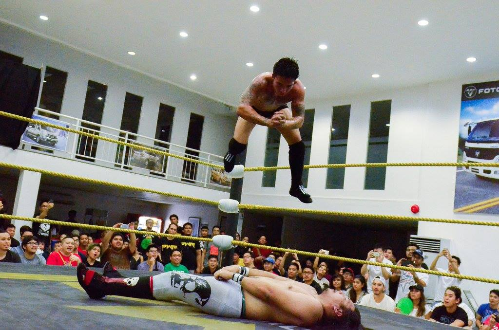 tombstone piledriver meaning in hindi