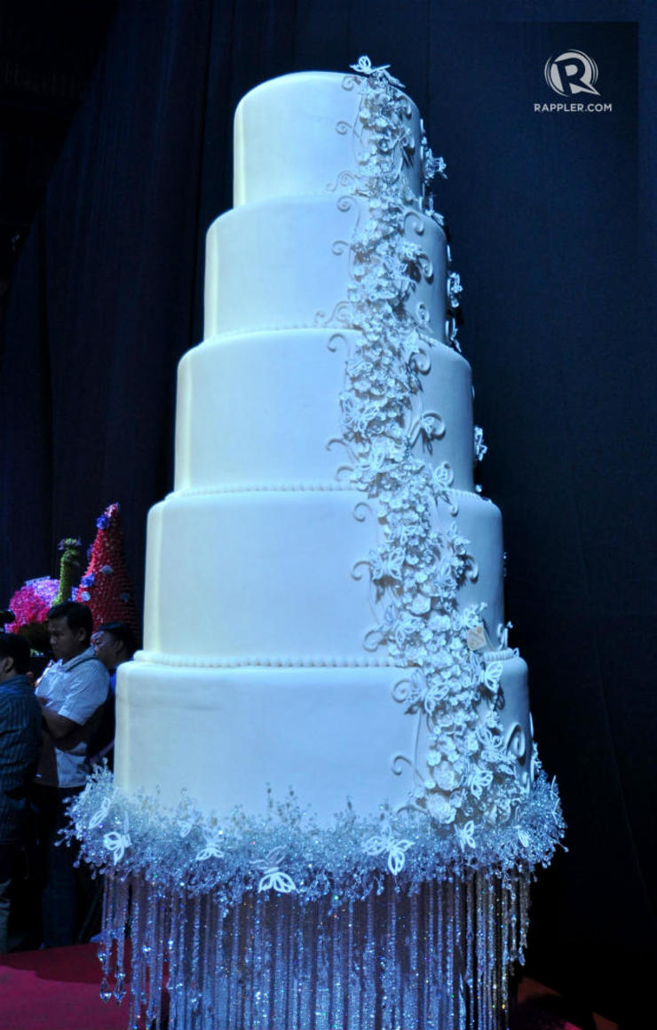 marian rivera and dingdong dantes wedding cake in photos dingdong dantes and marian rivera s moa arena 17126