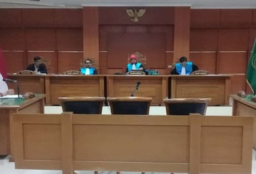 Gugatan Walhi Ditolak Ptun Pt Semen Indonesia Beroperasi Lagi