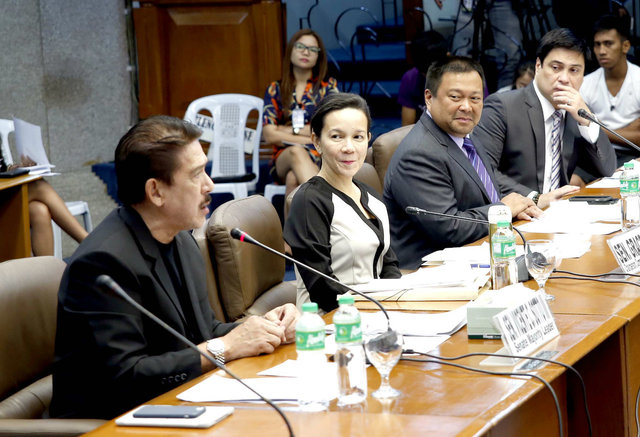 TRANSPORT SAFETY HEARING. The committee on public services conducts a hearing on the Tanay bus crash that killed 15 people, mostly college students. Photo by Albert Calvelo/Senate PRIB
