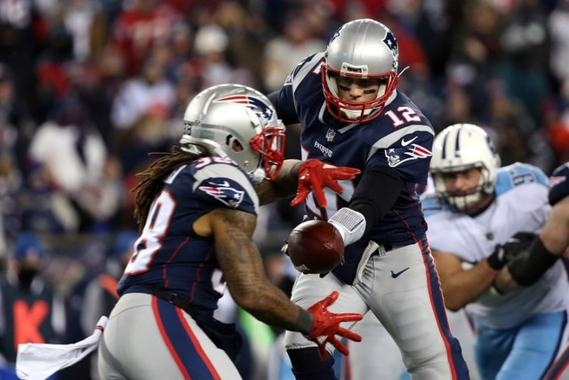 Patriots roll past Titans in NFL playoffs, Eagles clip ...