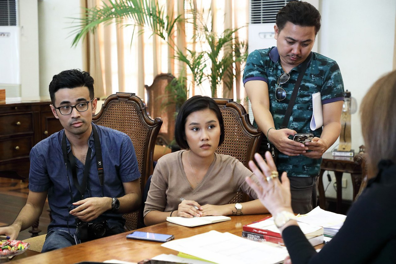 RYAN MACASERO (left) with other reporters at the Cebu province's Public Information Office