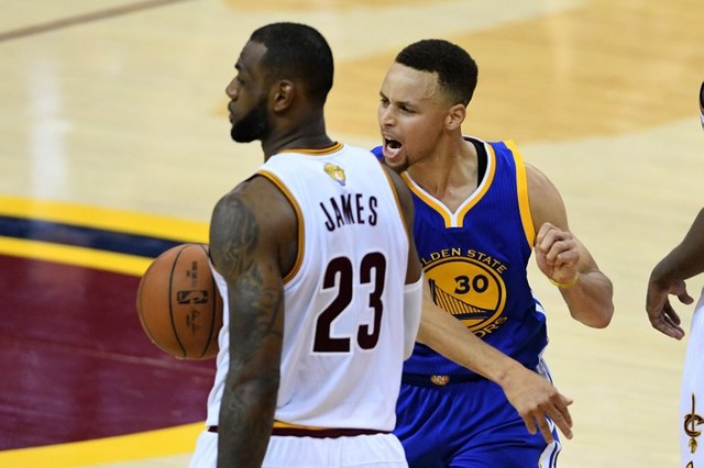 LeBron's Halloween party featured Curry dummy, mocks blown ...