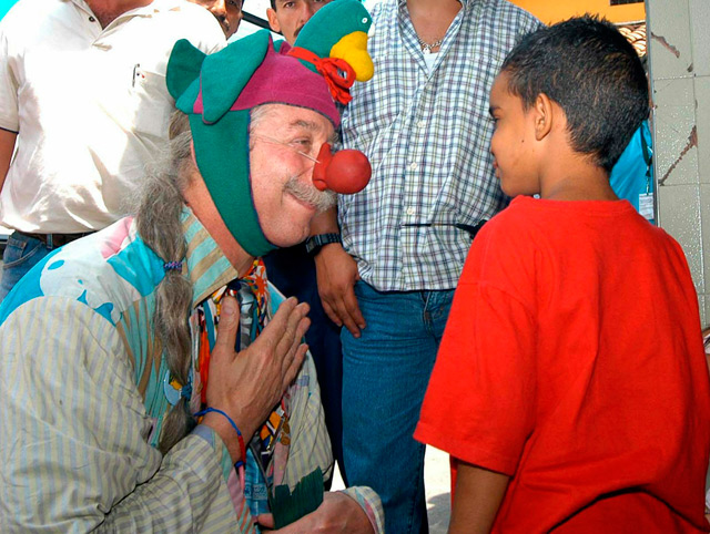 Laughing matter: 'Patch Adams' brings humor therapy