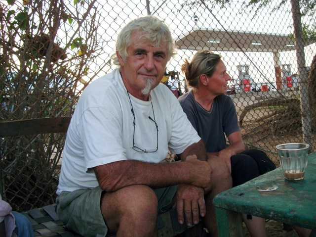 ABDUCTED. German nationals Juergen Kantner and his wife Sabine Merz (R) pose for a photograph on May 5, 2009 in Berbera. File photo by Mustafa Abdi/AFP