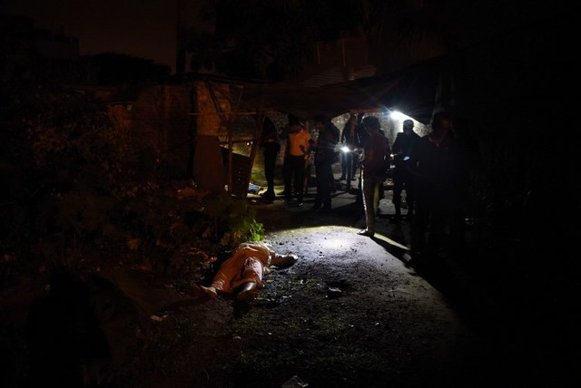 FAMILIAR TABLEAU. This photo taken on May 18, 2018 shows the dead bodies of Bangladeshi alleged drug dealers after a gun battle with law enforcement in Chittagong. Photo by AFP