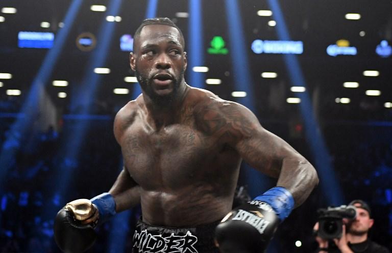 Wilder retains WBC heavyweight title with brutal 1st round KO