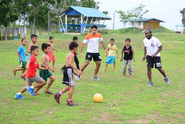Resultado de imagen para football peace