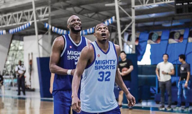 REINFORCEMENTS. Lamar Odom (left) and Justin Brownlee continue to deliver as Mighty Sports prepares for the 30th Dubai International Basketball Championship. Photo from Lamar Odom's Instagram
