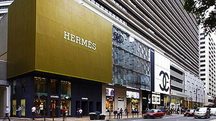 is hong kong still a shoppers' Dfs is headquartered in hong kong and has offices in australia, cambodia, china, france, indonesia  which later became duty free shoppers (dfs), in hong kong.
