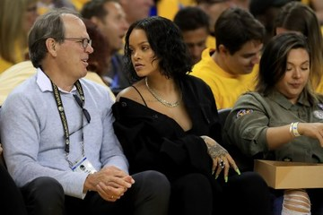 f5aad026e6b A CAVS AND LEBRON JAMES FANATIC. Rihanna s appearance in the stands as she  supports the