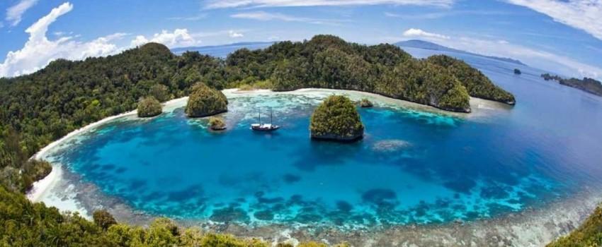 4 pulau yang wajib dikunjungi di Raja Ampat