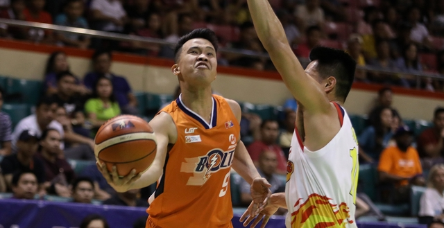 1c873277599 Baser Amer fails to duplicate his heroics from Meralco's last win.