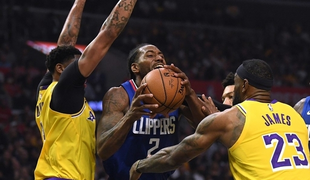Kawhi, Clippers deny Lakers in glitzy Battle of LA