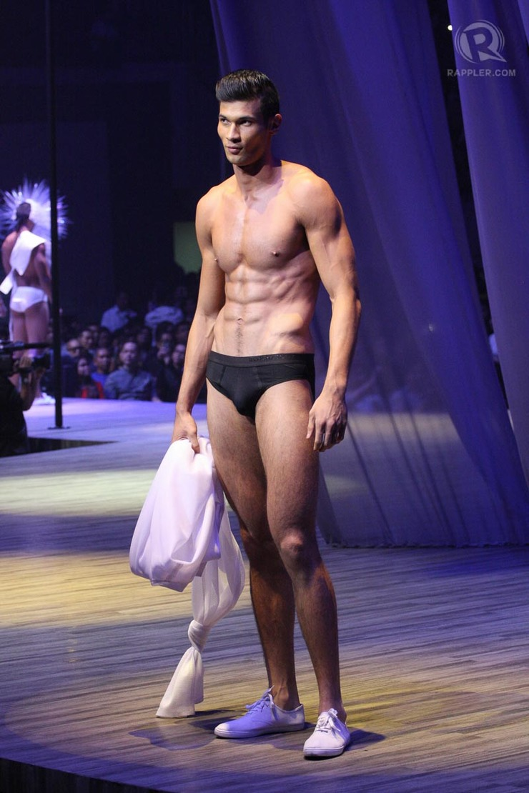 Fashion style Underwear bench show photos for lady