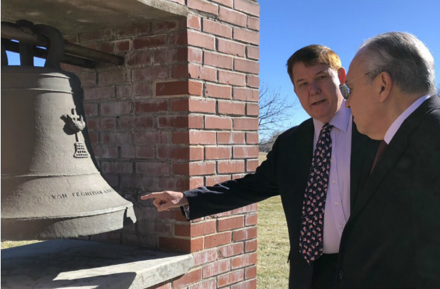 BALANGIGA BELLS. Philippine Ambassador to the US Jose Manuel 'Babe' Romualdez (right) is shown one of the 3 bells of Balangiga being kept in Wyoming. Photo courtesy of Gunther Sales/Philippine embassy in Washington DC