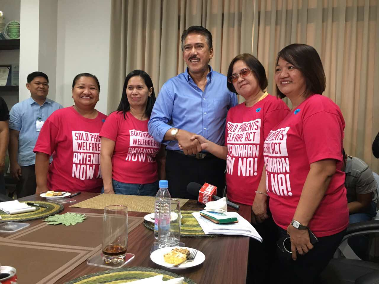 After infamous remark, Sotto moves for benefits for solo parents