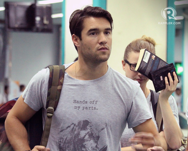 josh bowman emily vancamp dating 2014 Actors emily vancamp (l) and joshua bowman are engaged emily vancamp and longtime boyfriend josh bowman the meredith vieira show back in 2014.
