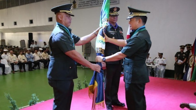 NEW ARMY CHIEF. Here is a photo of Major General Macairog Alberto (left) when he was given command of the AFP's intelligence unit. File photo from Philippine military