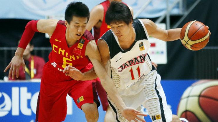 Guo Ailun L Of China In Action Against Ryota Sakurai R Of