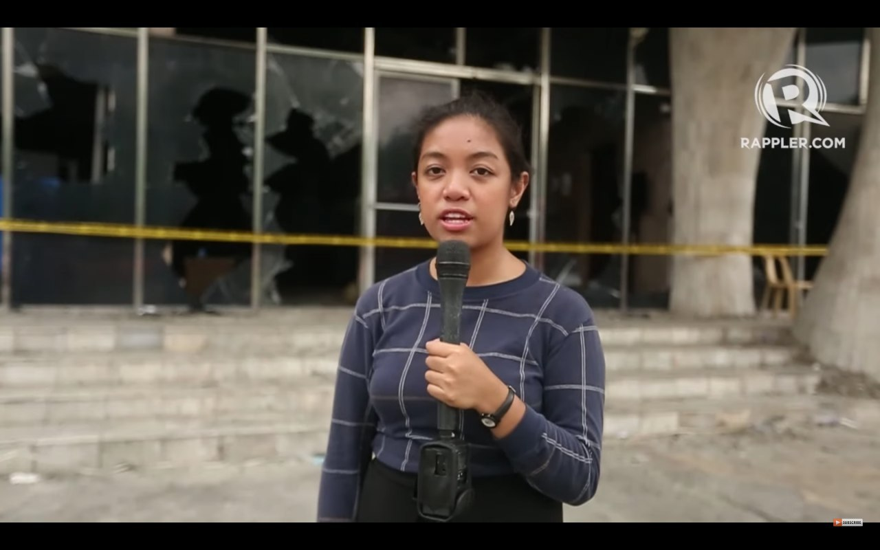 LOREBEN TUQUERO covering the aftermath of the Star City fire in Pasay. Rappler screengrab