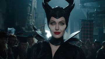 Angelina Jolie Returns For Maleficent 2 In 2019