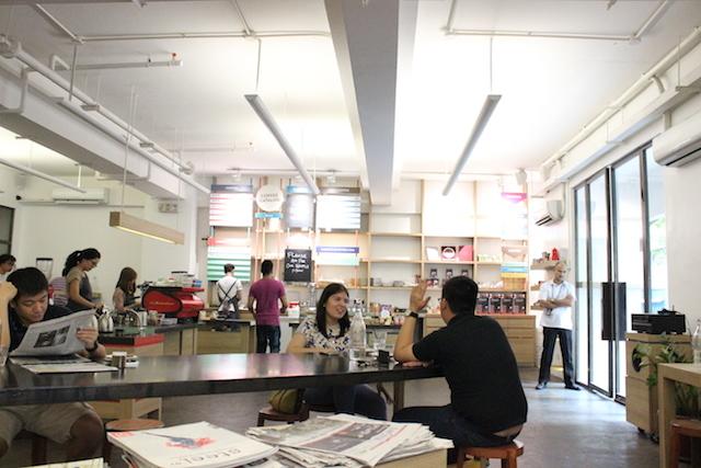 Di The Y.A.R.D ini kamu bisa belajar membuat secangkir cappuccino atau espresso. Foto oleh Lewi Aga Basoeki/Rappler