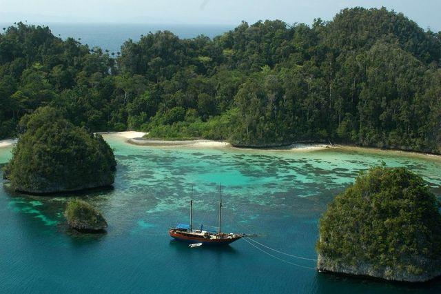 Pulau Waigeo juga dikenal dengan nama Amberi. Foto dari imiqbal.files/IDN Times