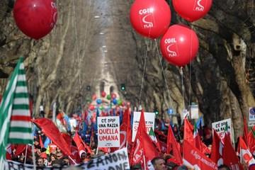 Italian unions lead mass demonstration for economic growth