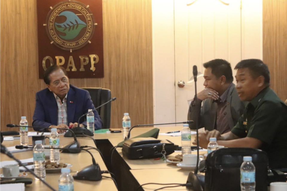 PAMANA. Presidential Peace Adviser Jesus G. Dureza (left) and OPAPP Assistant Secretary Yeshter Donn Baccay meet with AFP officials led by 52nd Engineering Brigade commander Brigadier General Dionisio Baudin Jr. (right) on July 10, 2018 to discuss issues on the implementation of PAMANA projects. Photo from OPAPP