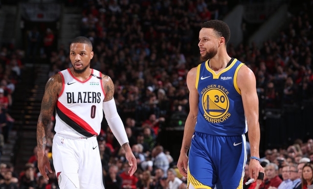 965ef71776735 Steph Curry outduels Damian Lillard as the Golden State Warriors turn back  the