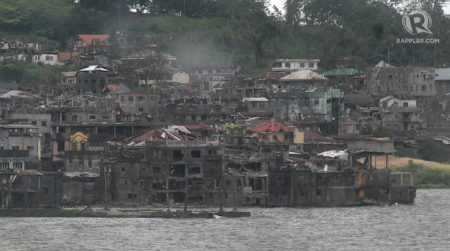 about 50 marawi hostages remain in 10hectare battle area