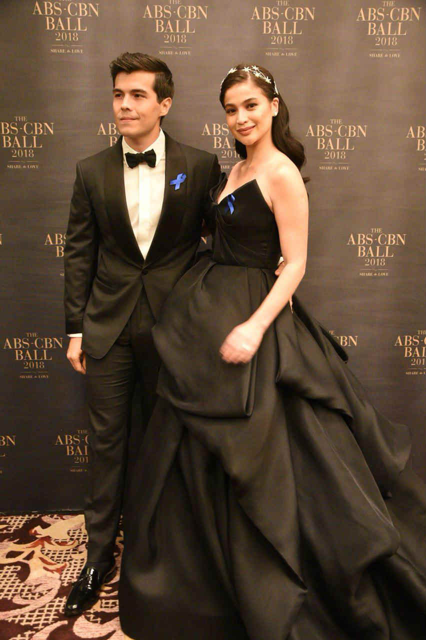 In Photos Reel And Real Life Couples At The Abs Cbn Ball 2018