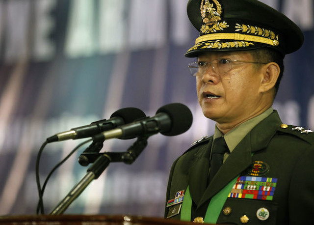 PSYCHOLOGICAL WARFARE. AFP Chief General Eduardo Año is a veteran intelligence officer who scored big arrests of communist leaders. Photo from Malacañang