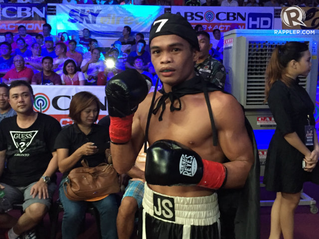 ZORRO. Jonas Sultan isn't one of the more celebrated boxers in the Philippines, but he's making his reputation by pulling off upsets over better-known fighters around the world. File photo by Ryan Songalia/Rappler