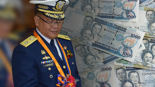 CASH ADVANCES MESS. Rear Admiral Leopoldo Laroya's 'irregular' cash advances add up to the pile of questionable expenses of the Philippine Coast Guard. Photo of Laroya courtesy of PCG Facebook