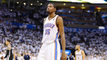 newest 12bf6 2f547 Kevin Durant averaged nearly 5 more points a game than the second place  scorer in the
