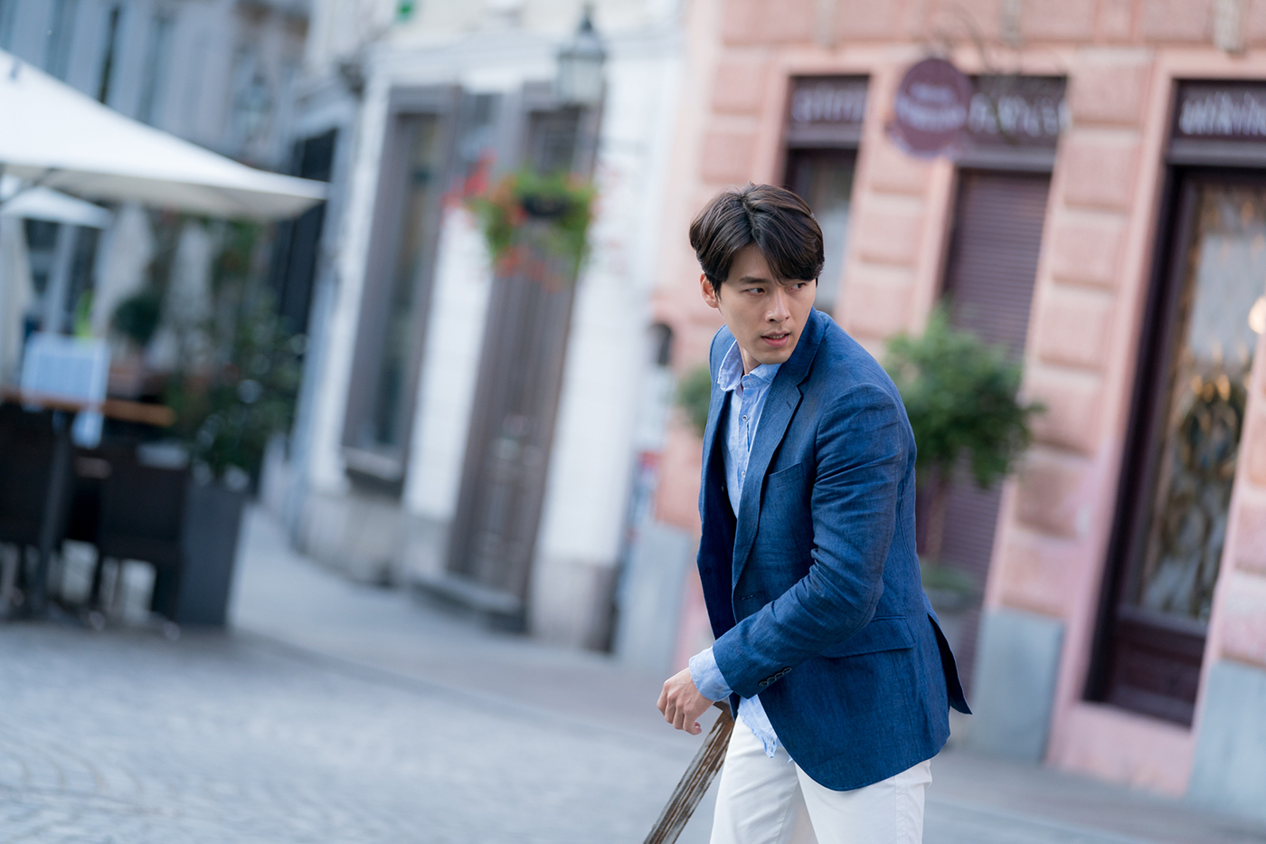 4Udrama memories of the alhambra' is your next netflix k-drama obsession