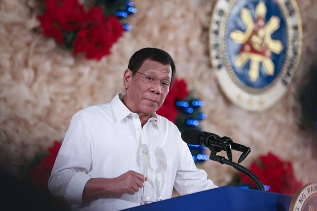 'SORRY.' Philippine President Rodrigo Duterte apologizes to SEA Games participants. Malacañang photo