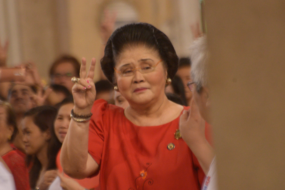 No cuffs for Imelda Marcos if arrested – PNP