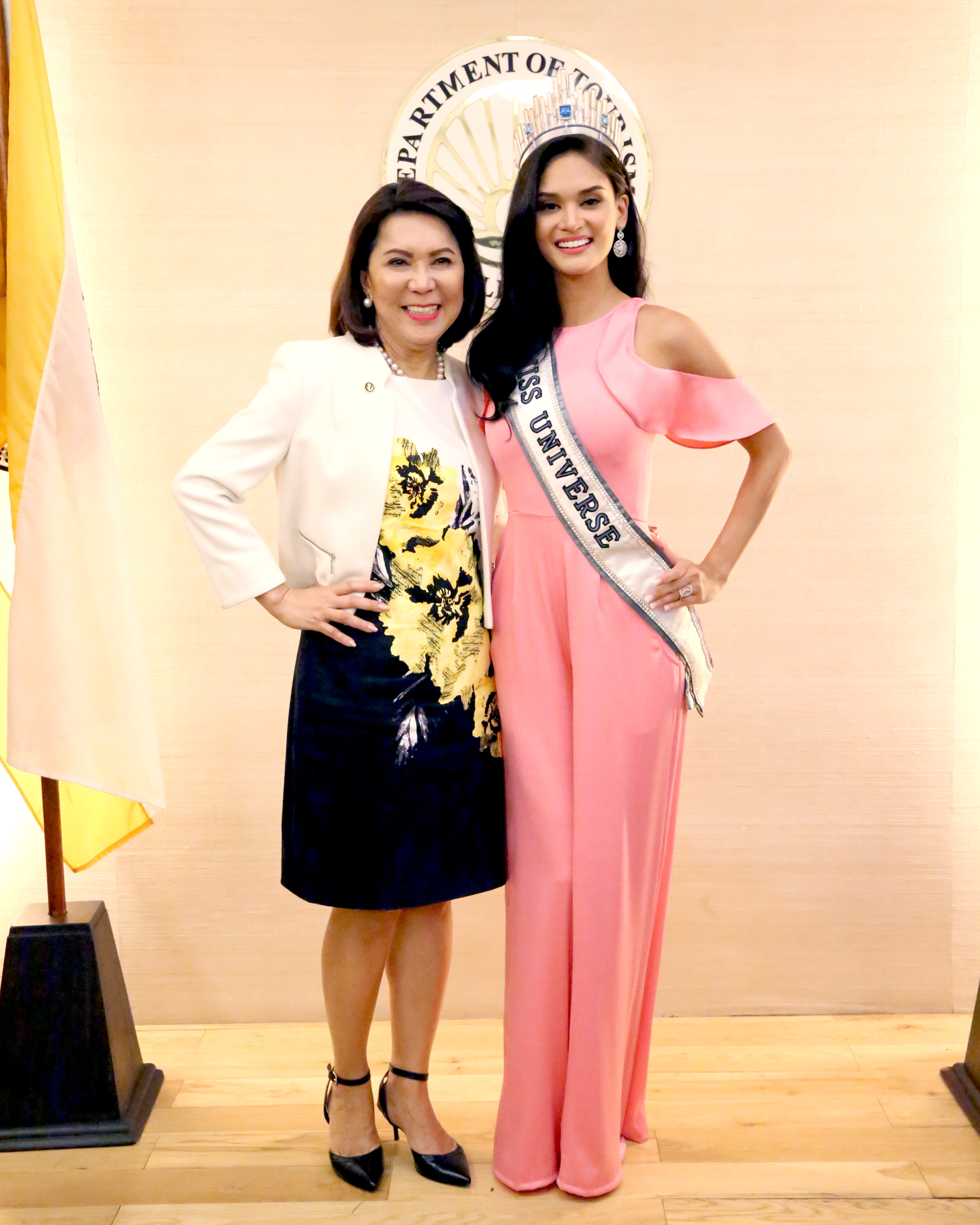 Watch Pia Wurtzbach Meets With Duterte On Miss Universe Plans