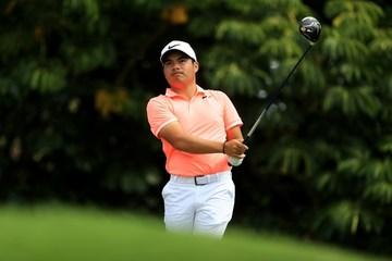 flirting moves that work golf