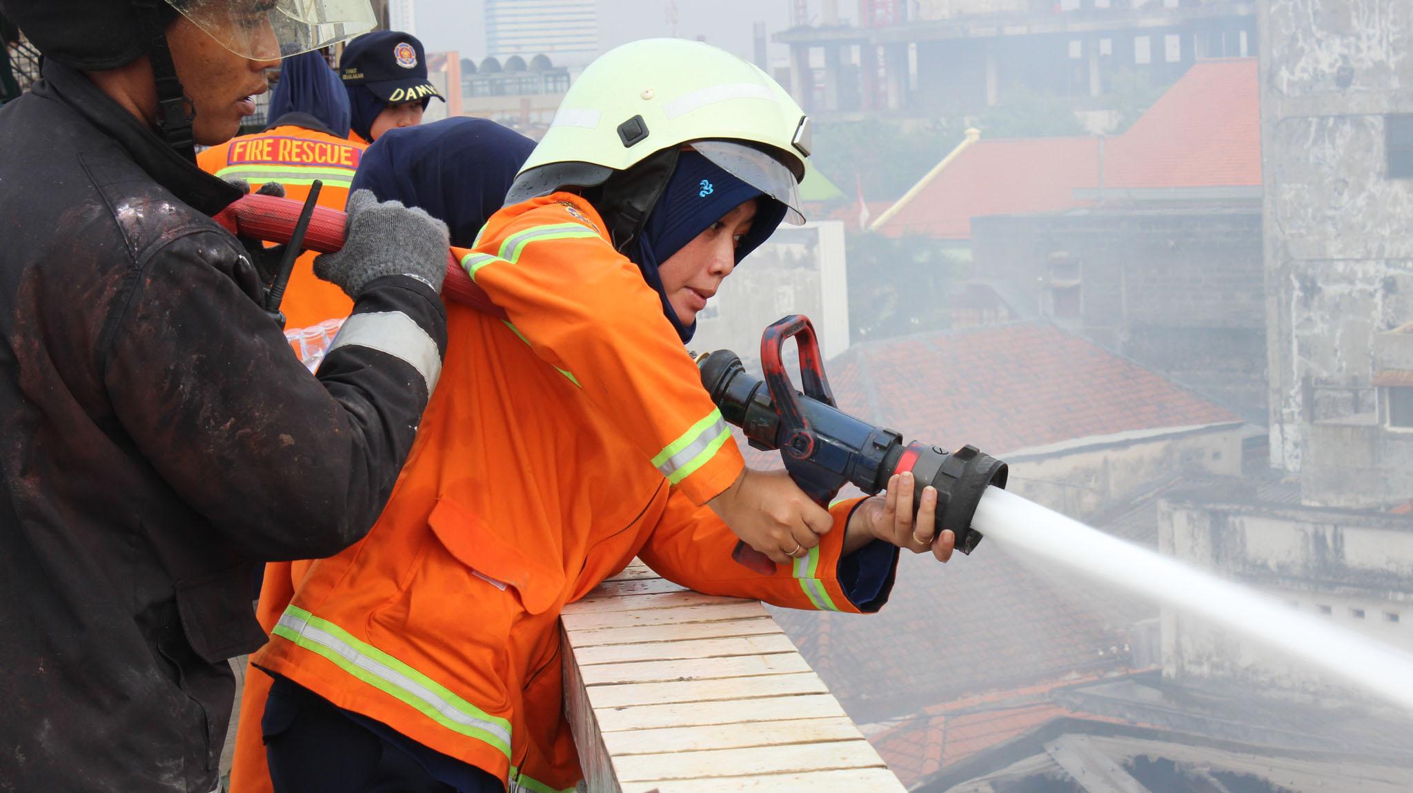 63 Koleksi Gambar Kata Bijak Pemadam Kebakaran HD Terbaik