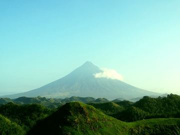 Beautiful Bicol: What you can see, eat, and do