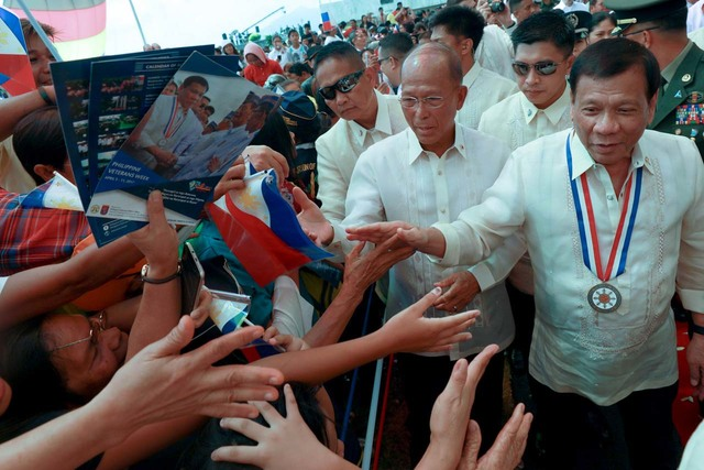CLIPPED POWERS. President Rodrigo Duterte and Defense Secretary Delfin Lorenzana attend the 75th Commemoration of Araw ng Kagitingan and Veterans Week in Bataan on April 9, 2017. Malacañang file photo