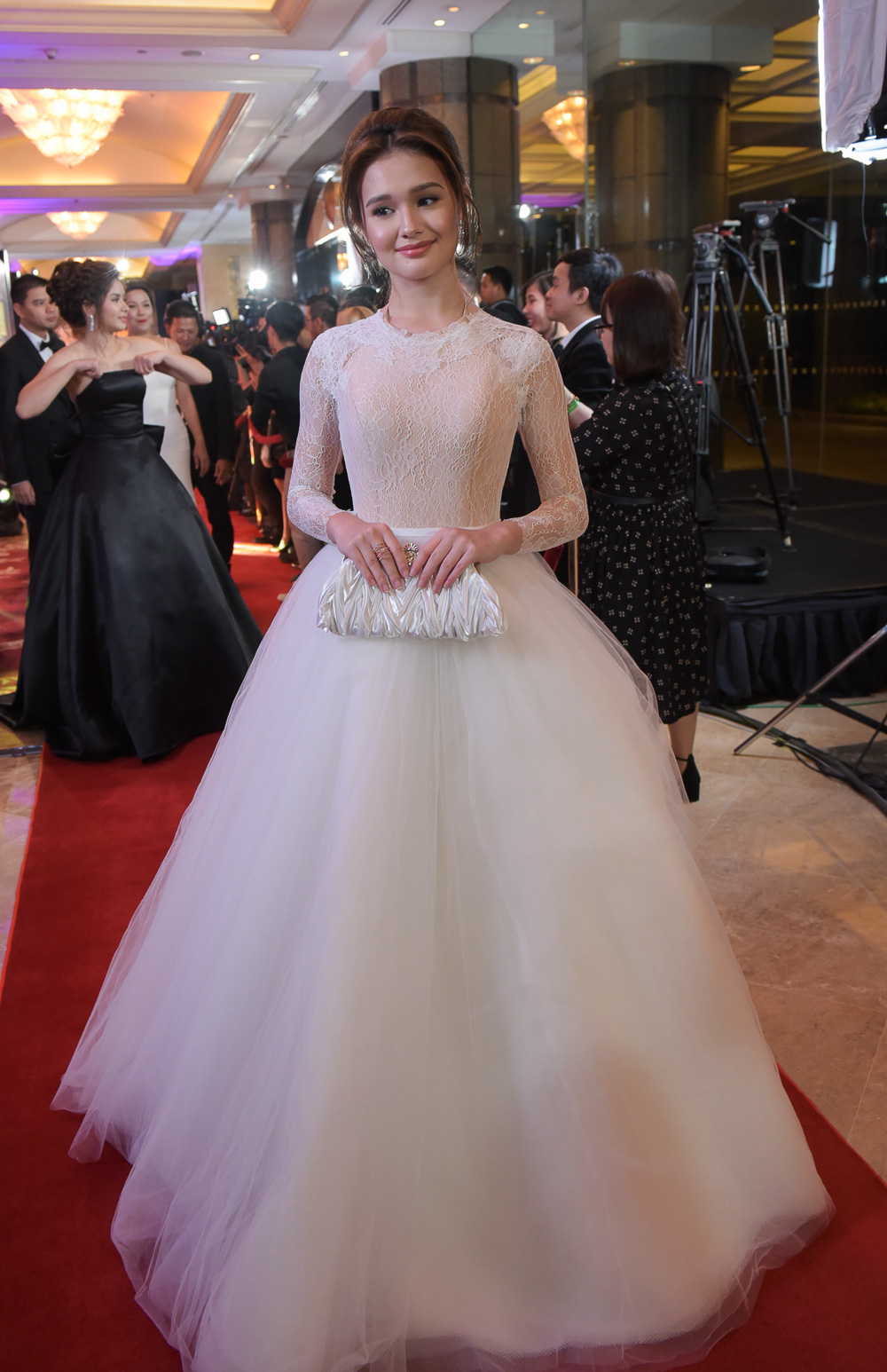 In Photos Star Magic Ball 2016 All The Red Carpet Looks